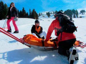 si practicas deportes de riesgo en un país extranjero, es mejor tener un seguro de viaje que te proteja